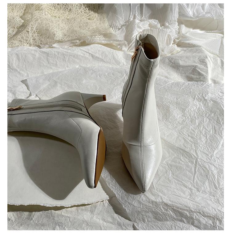 墨染·蓮花府邸冬季短靴時尚尖頭高跟女靴簡約INS粗跟彈力靴歐美瘦瘦靴