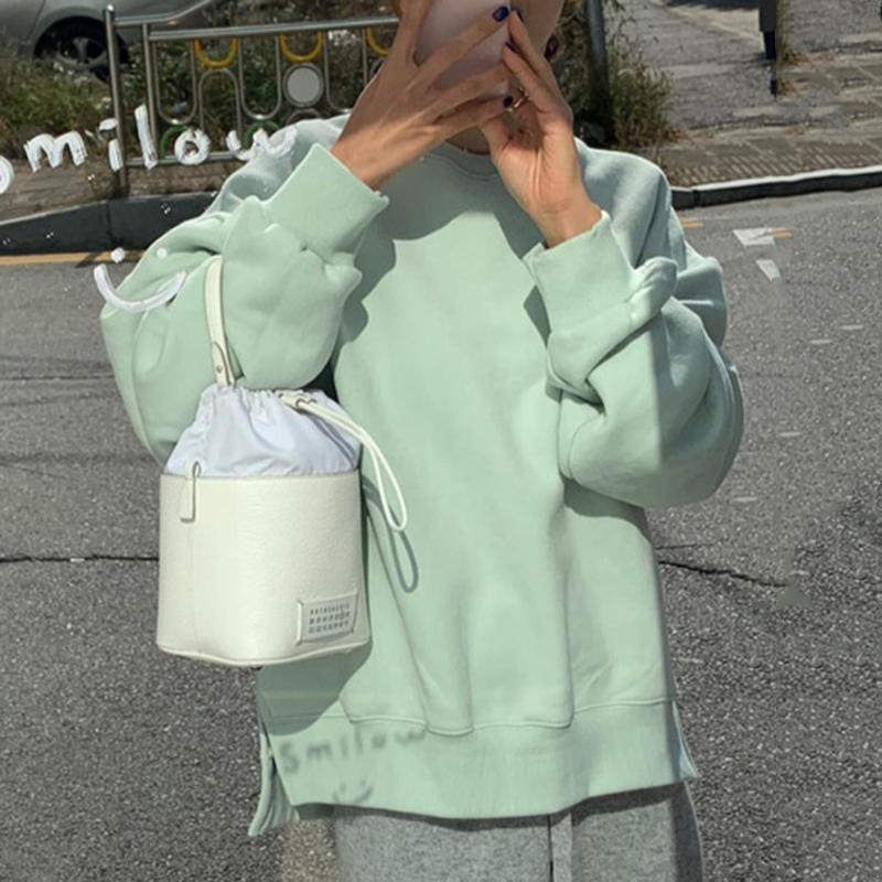 Корея ins осень и зима по возрасту конфеты футболки рукав голова не правило трещина с дополнительным слоем пуха сохраняющий тепло длинный рукав свитер женщина 607177263237