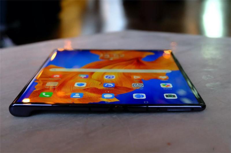 未来已来,华为全新折叠屏手机发布