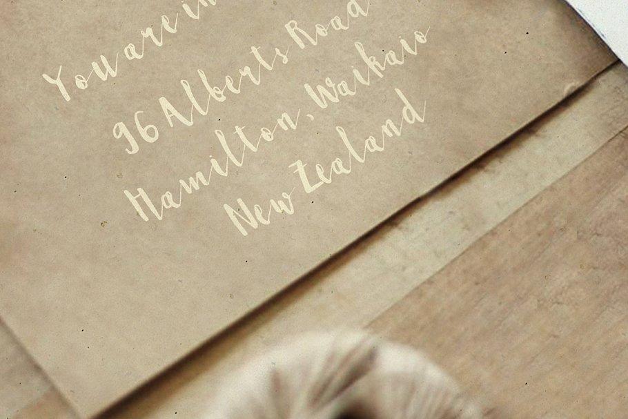 粗犷手绘字体 Briella sc<x>ript设计素材模板