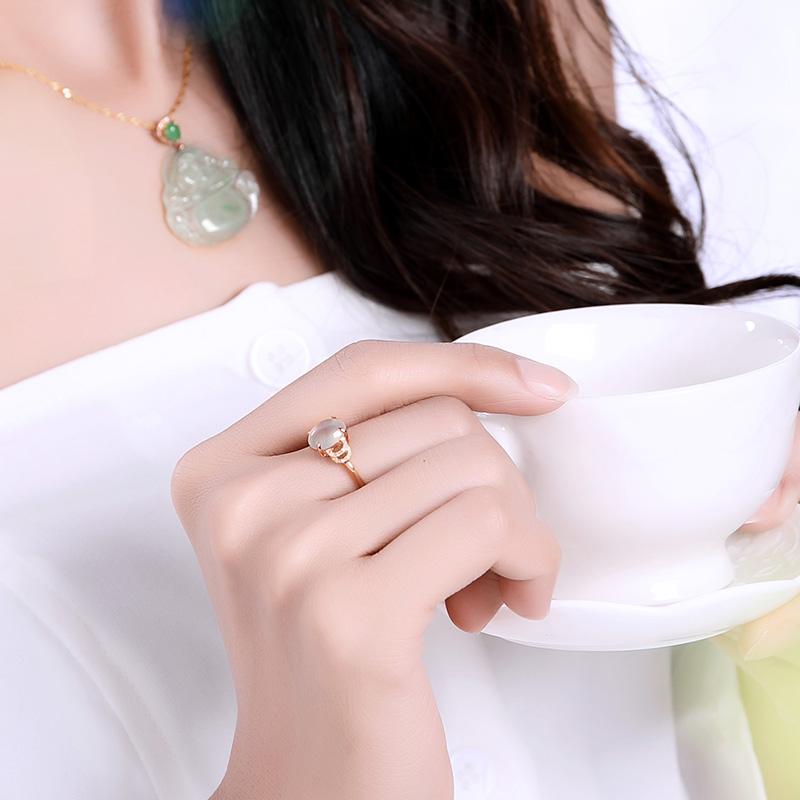 清透润泽玉石首饰,尽显优雅女性气质
