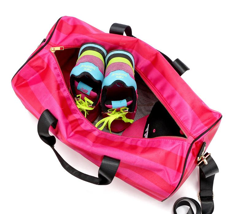 Sọc công suất lớn ngắn khoảng cách túi du lịch túi xách tay vai túi tập thể dục yoga túi nữ túi duffel thể thao nhỏ hoang dã