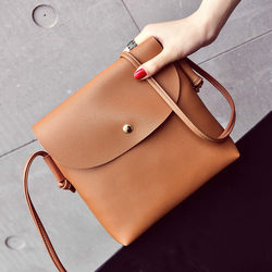 Ins super fire small bag female 2018 new girl small bag wild small party package chic shoulder diagonal package
