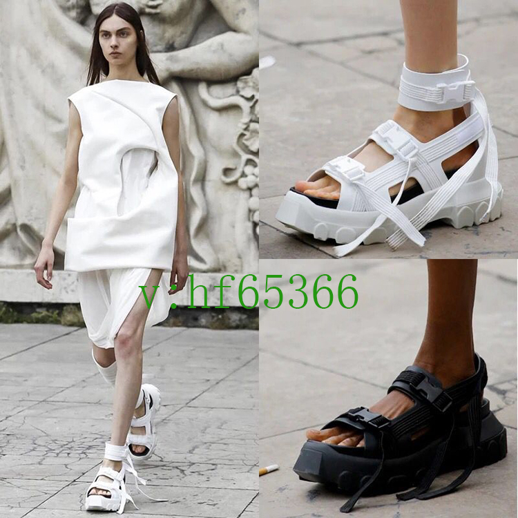 Europe and the United States 2018 Spring and summer catwalk show 拍网Red With Harajuku Muffin Thick crust Retro Elastic buckle Female cool Tide shoes
