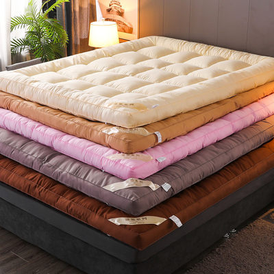 Thicken feather velvet breathable mattress is being built to the bed, the buffet house special 1.8M household economy