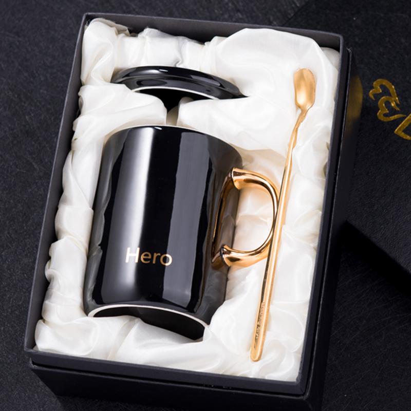 创意新骨瓷欧式水杯简约情侣马克杯陶瓷杯子带盖勺咖啡杯礼盒套装