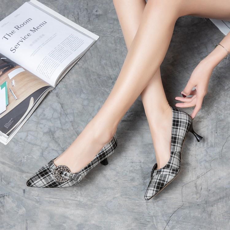 尖头单鞋,展现不凡气质