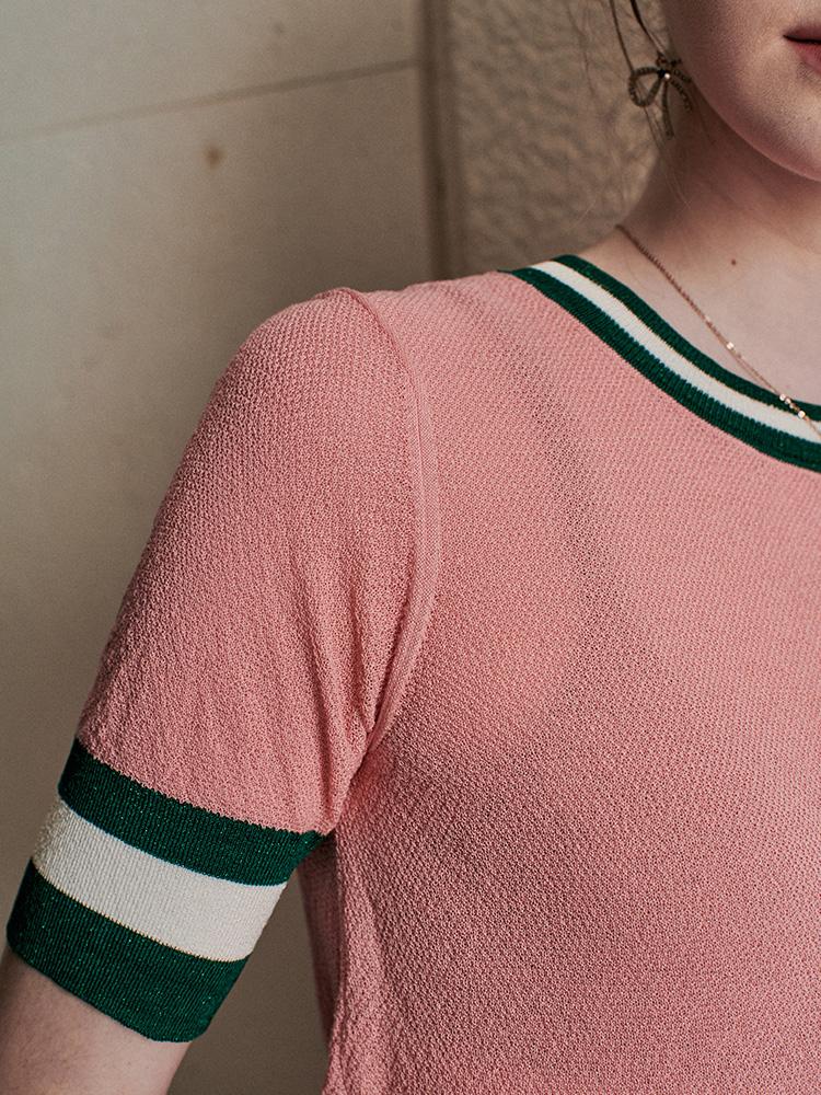 撞色亮丝短袖针织衫,玩味优雅灵动气息