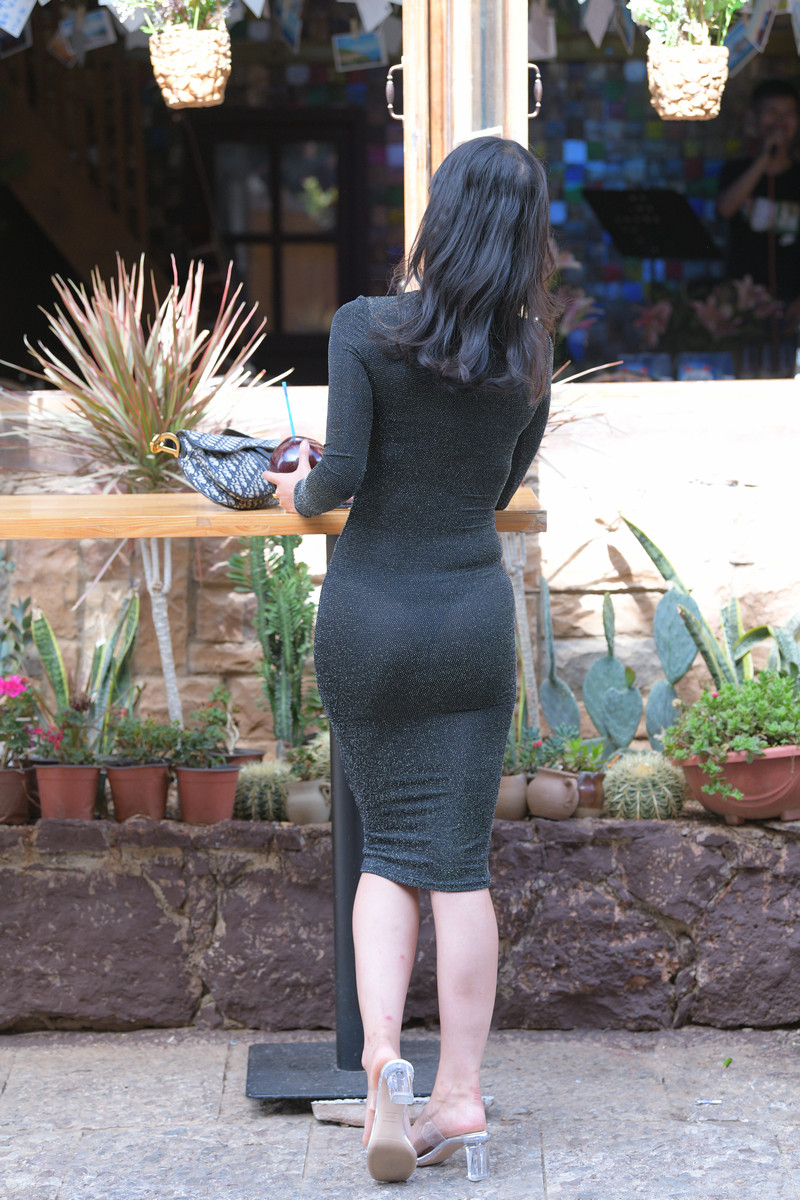 红石大理旅拍作品第五篇黑色裹身长裙美女【视频+图片】 94499449  帖子ID:761