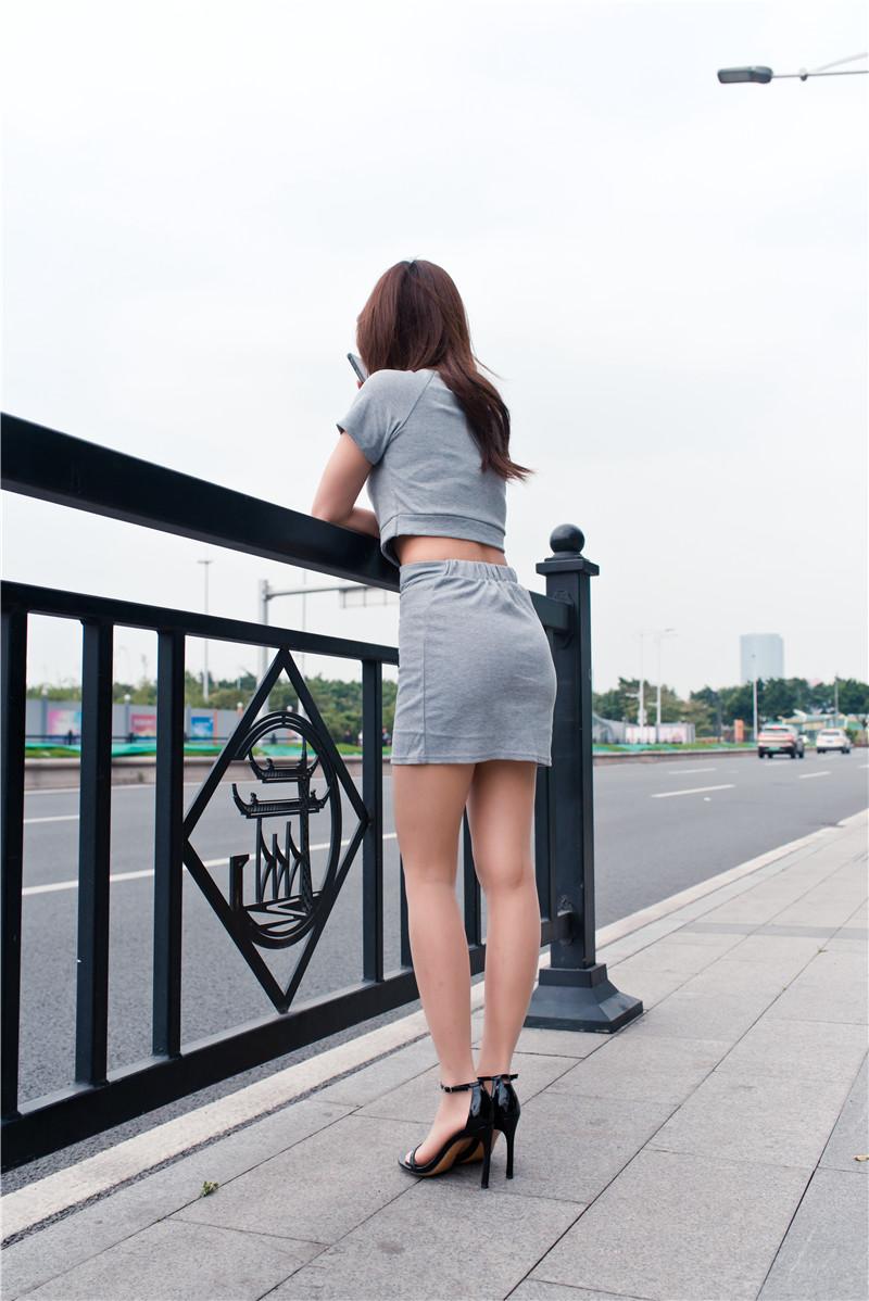 灰色短裙 【套图+视频】 18861886 帖子ID:47