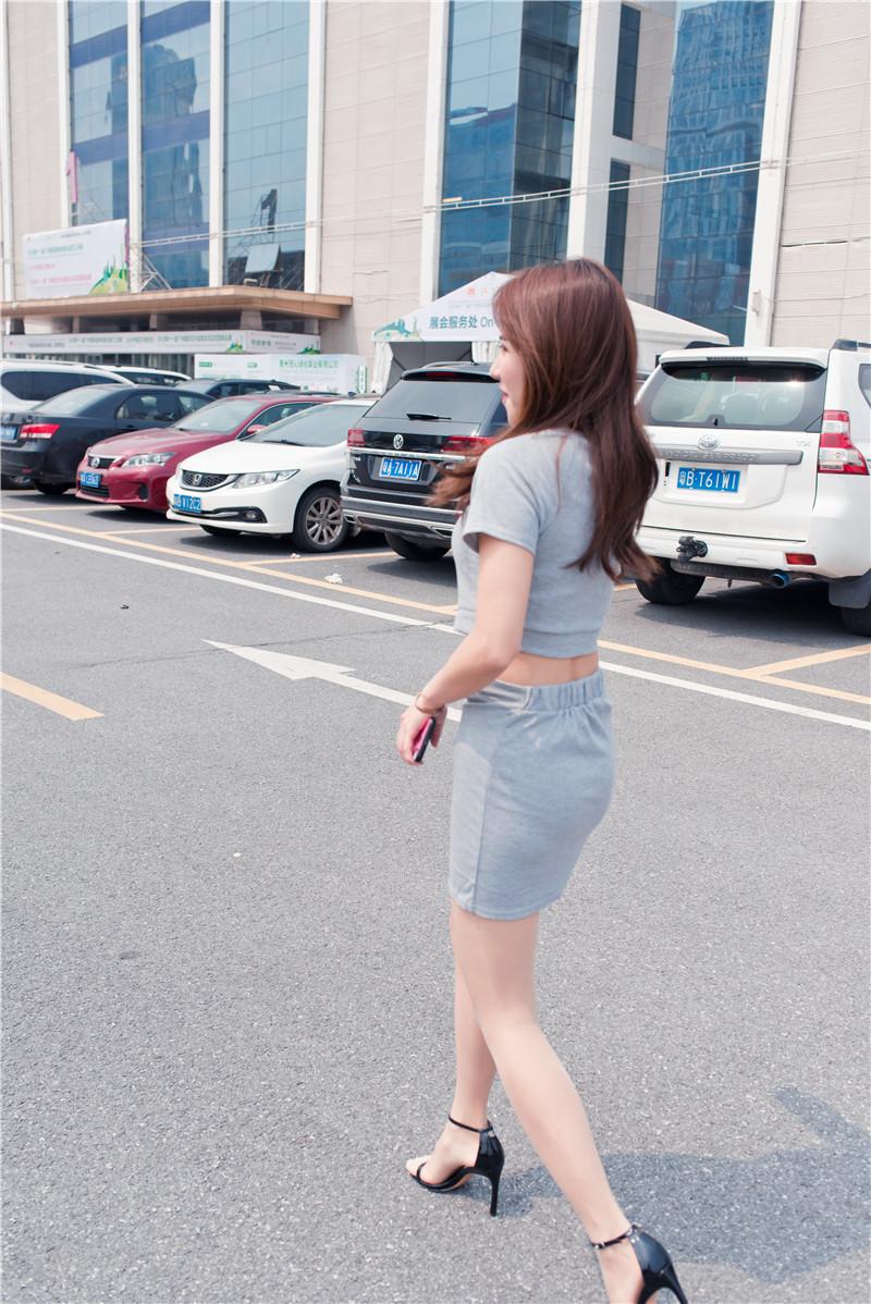 灰色短裙 【套图+视频】 15291529 帖子ID:47
