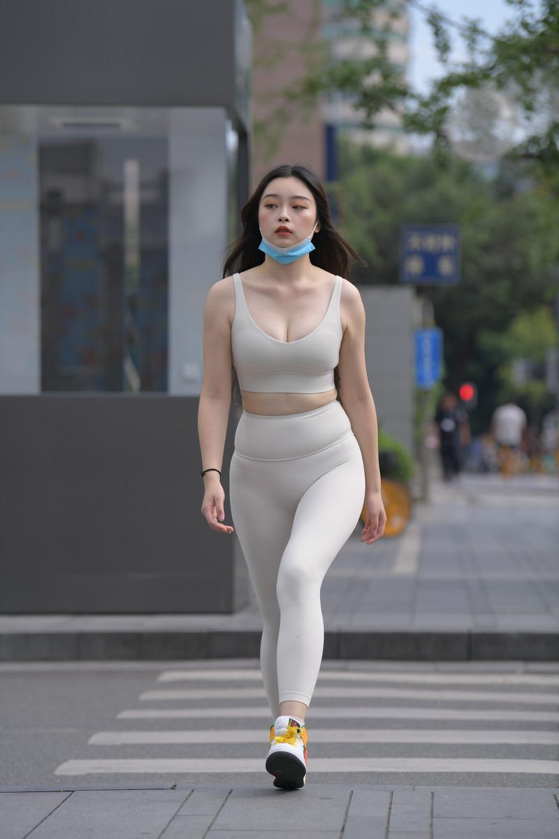 红石模拍作品裸色瑜伽裤美女【套图+视频】 26842684  帖子ID:807