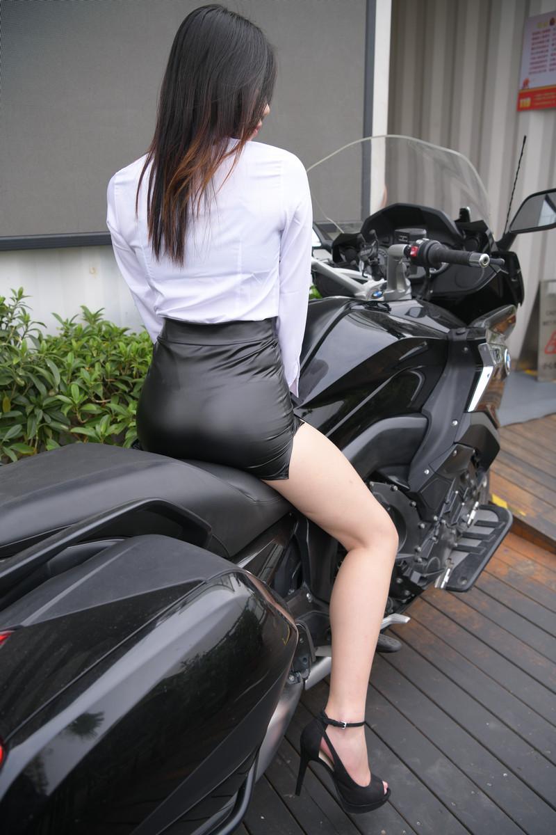 魂魂摄影作品紧身皮裙【套图+视频】