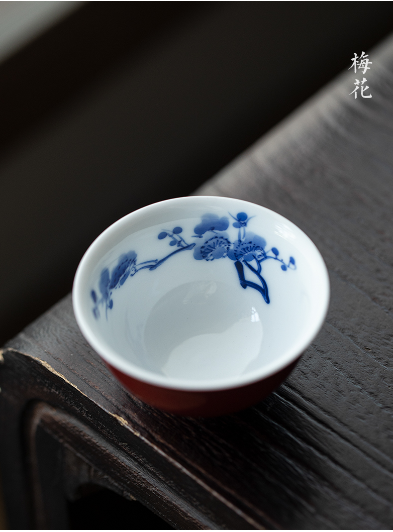 Jingdezhen blue and white sample tea cup ji red glaze hand - made the master sample tea cup cup freehand brushwork in traditional Chinese kung fu tea cup ruby red glaze