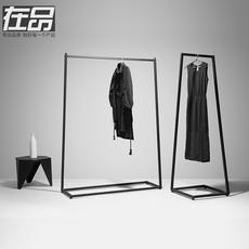 Витрины для одежды In products