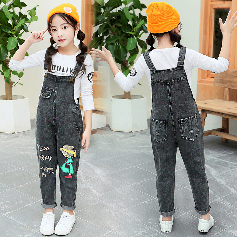 Girlspring and autumn new foreign-style belt edglows in denim trousers in the big children's loose loose sling pants set Korean version