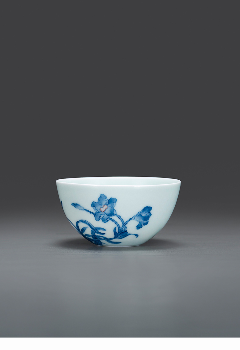 Porcelain jingdezhen blue and white youligong TaoLin ancient hand - made ganoderma lucidum on kung fu master sample tea cup cup single CPU