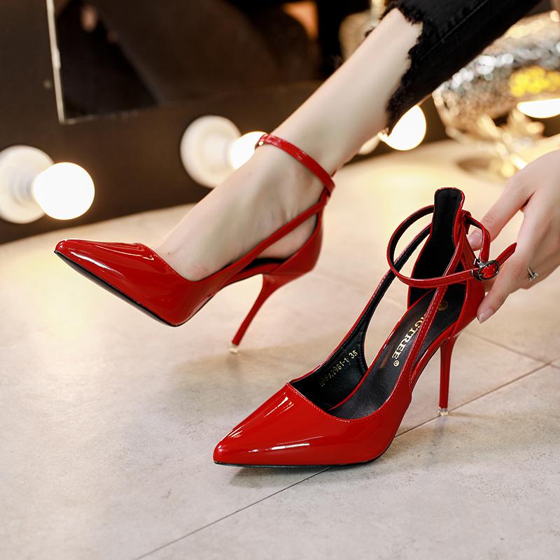 法式少女尖头高跟鞋女细跟2019春秋新款性感中空仙女风网红单鞋女