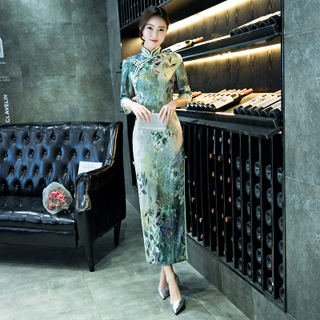 Long three-quarter sleeve cheongsam dress 2020 spring and summer new dignified atmosphere banquet daily improvement performance catwalk cheongsam