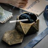 创意个性时尚带盖烟灰缸 券后3.8元包邮