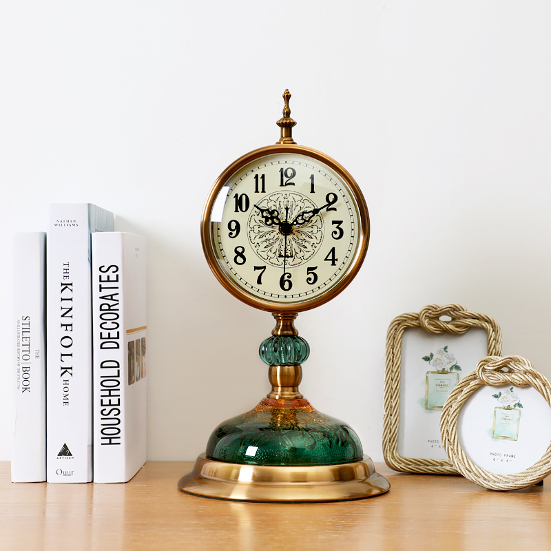 American Watches Clocks Living Room Queen Size European Style Vintage Table  Clock Mute Bedroom