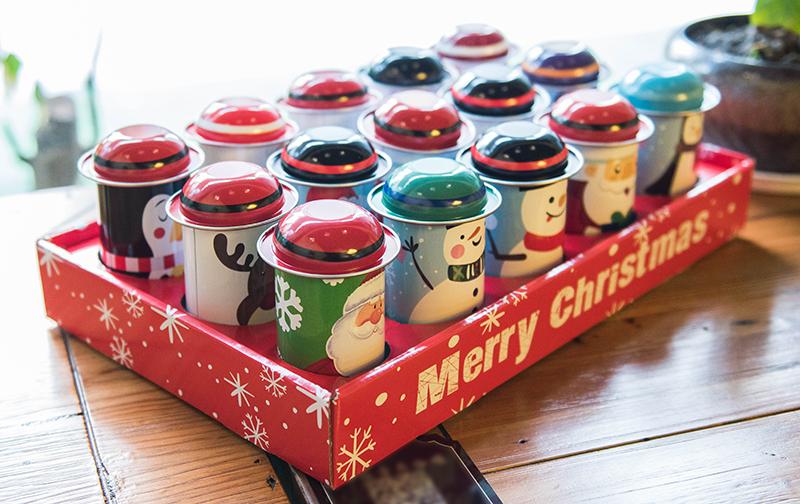 聖誕圓筒禮品鐵盒禮物盒包裝盒子戴帽子小鐵罐口紅盒零錢罐糖果盒