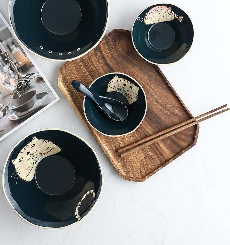 Japanese ceramics hand - made under glaze color home large bowl of beef noodles in soup bowl rainbow such use pasta noodles rainbow such as bowl soup bowl a salad bowl