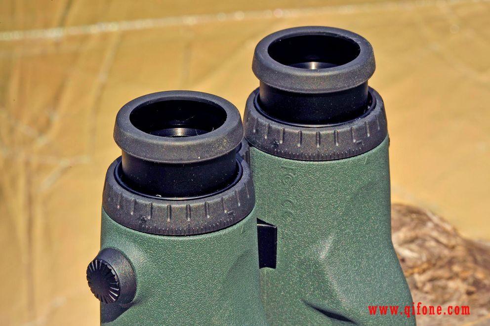 施华洛世奇双筒激光测距仪EL Range 10X42 W B