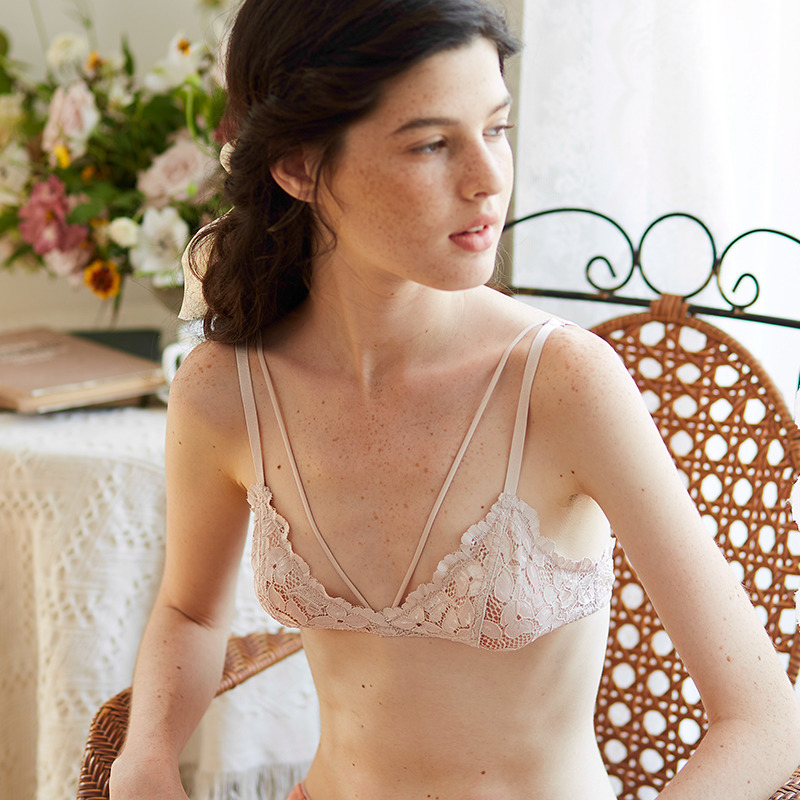0a69116fa40 (More than half the size)Forli girl lotus pink bralette French ultra-thin  no steel ring small chest underwear