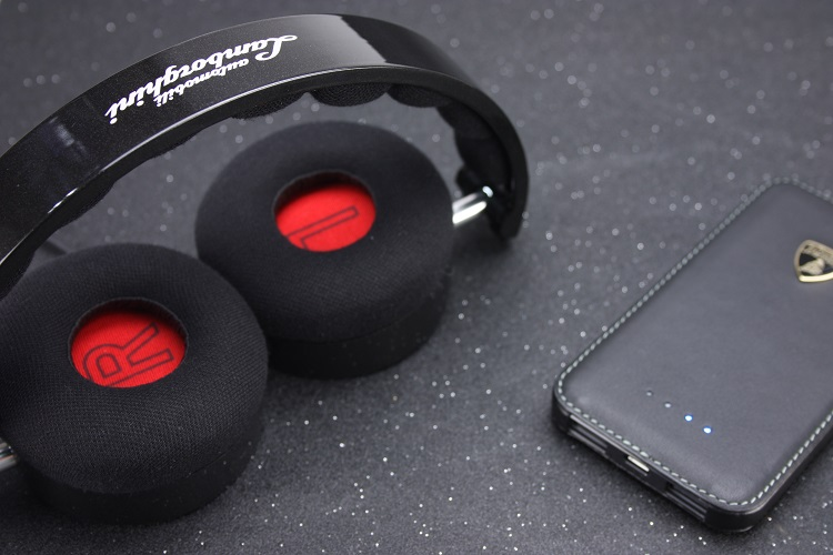 Automobili Lamborghini Huracan N01 On-Ear Headphone