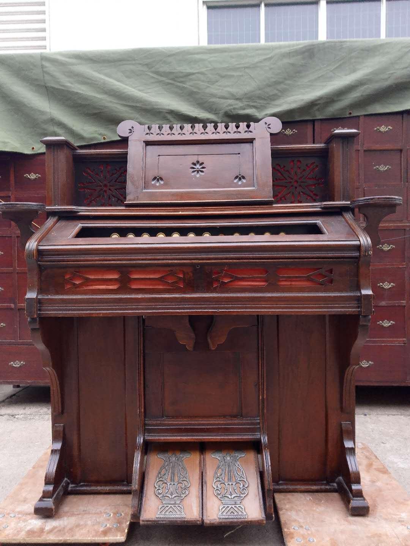 Западный античный старинный орган для ног core Старый музыкальный инструмент Mahogany Старый музыкальный инструмент Старая мебель