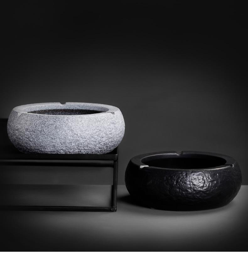 Black pottery ashtray large Japanese coarse pottery creative ashtray ceramic ashtray move office home home furnishing articles