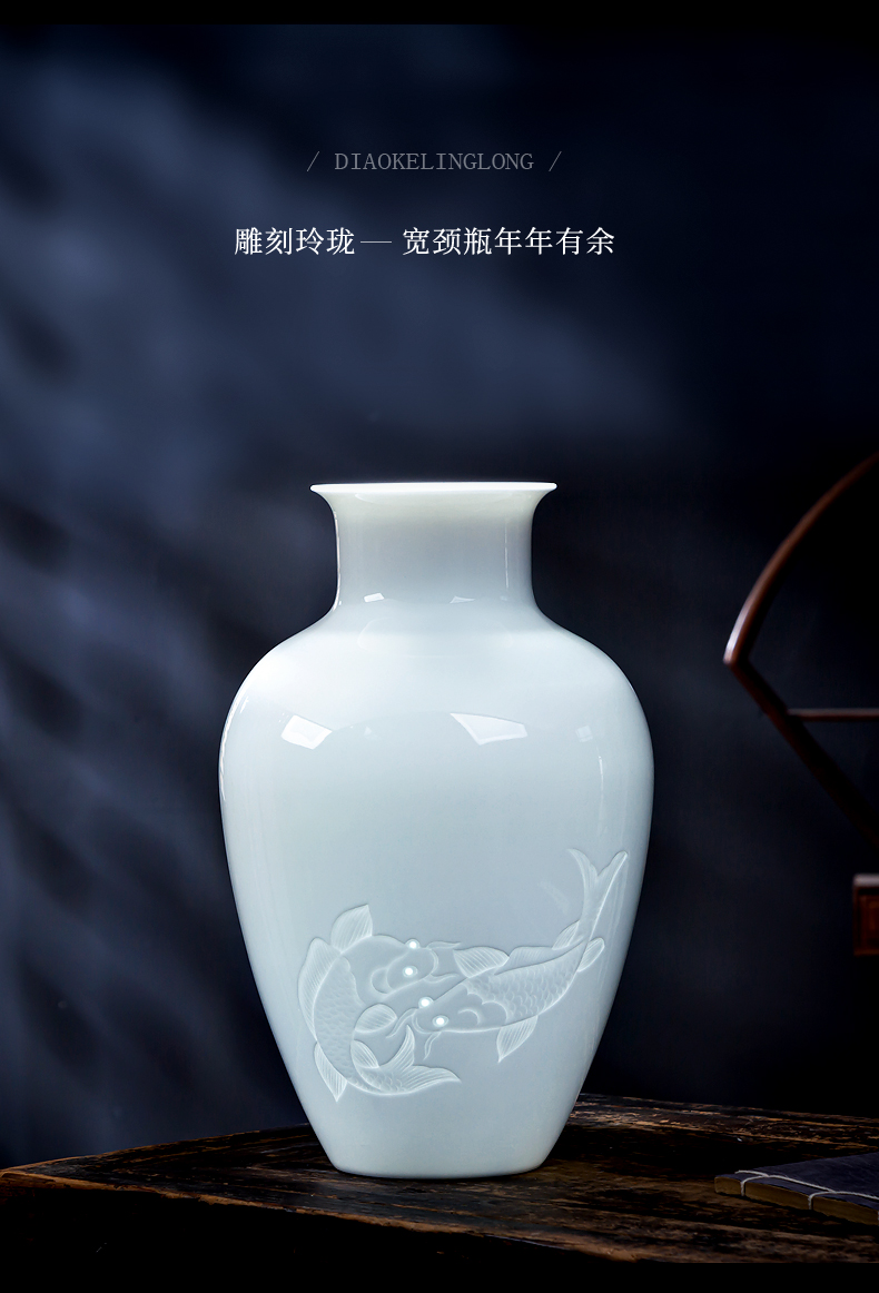 Jingdezhen new Chinese hand made exquisite thin knife clay ceramic vases, rich ancient frame lotus sitting room adornment is placed