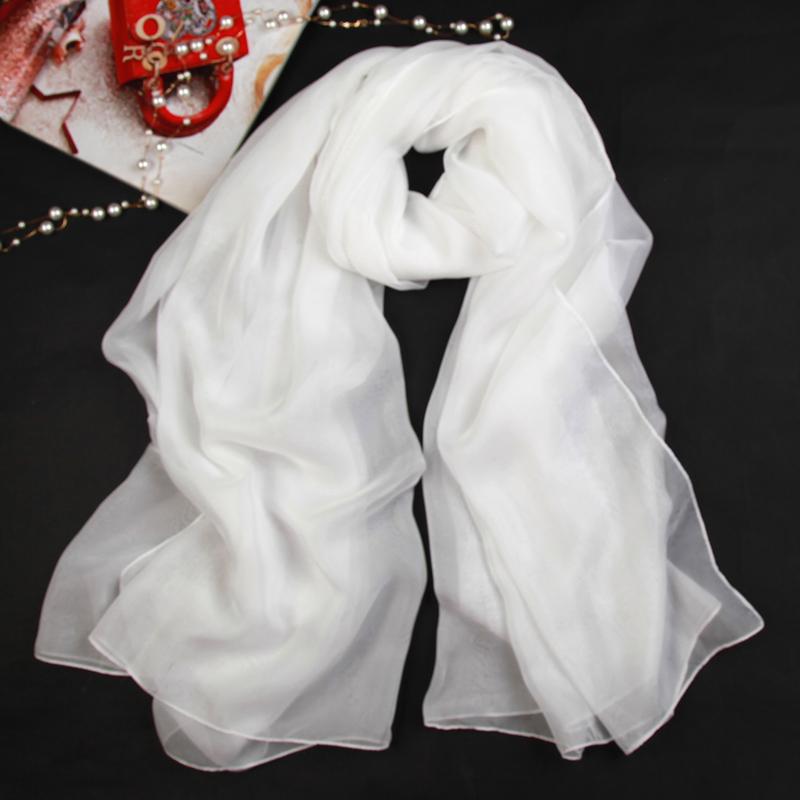 白色丝巾女冬季舞蹈表演纯色薄款雪纺黑色百搭秋冬薄围巾长款纱巾