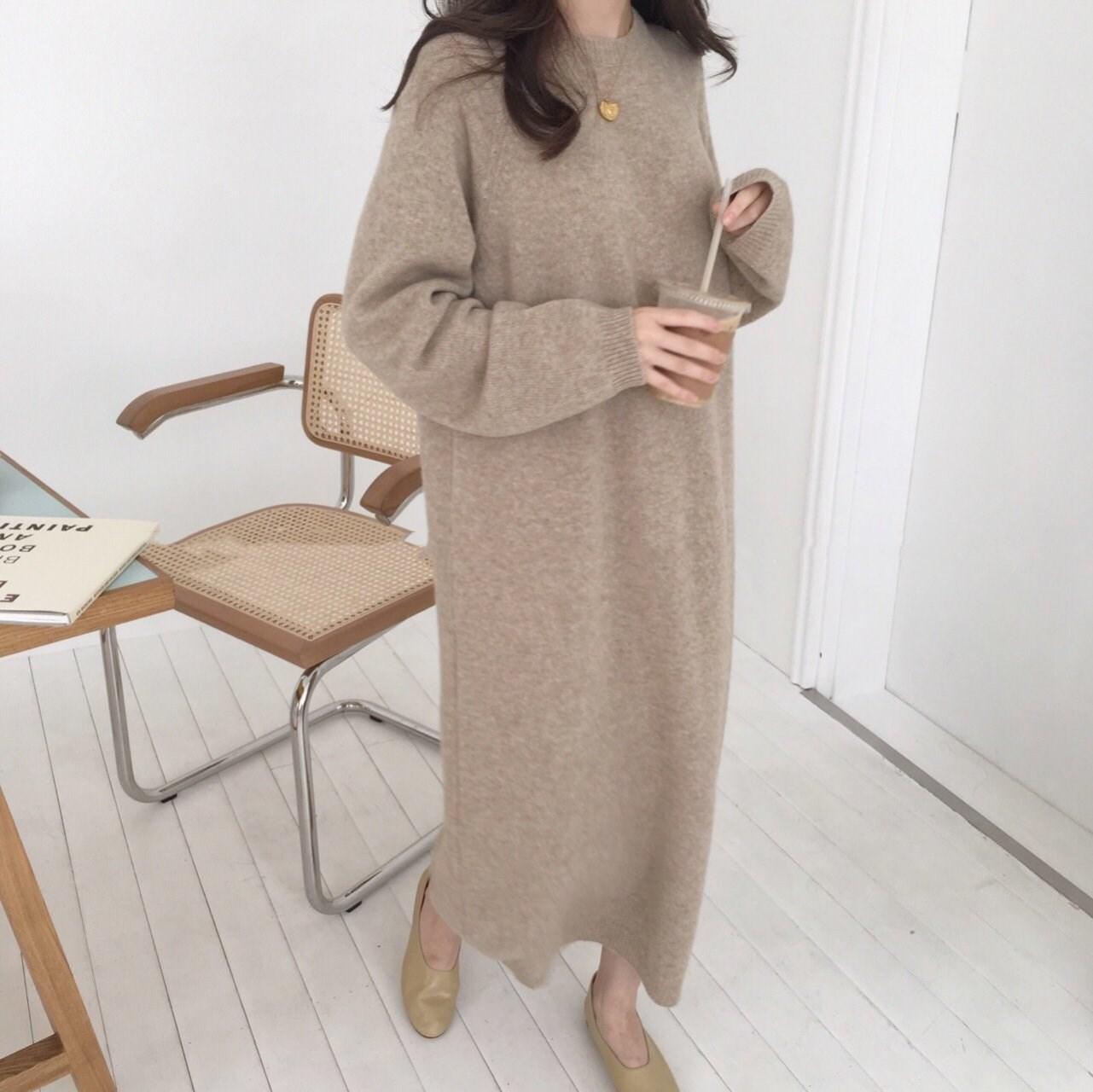 羊绒衫女长裙新款毛衣慵懒打底宽松过膝针织圆领秋冬连衣裙长款