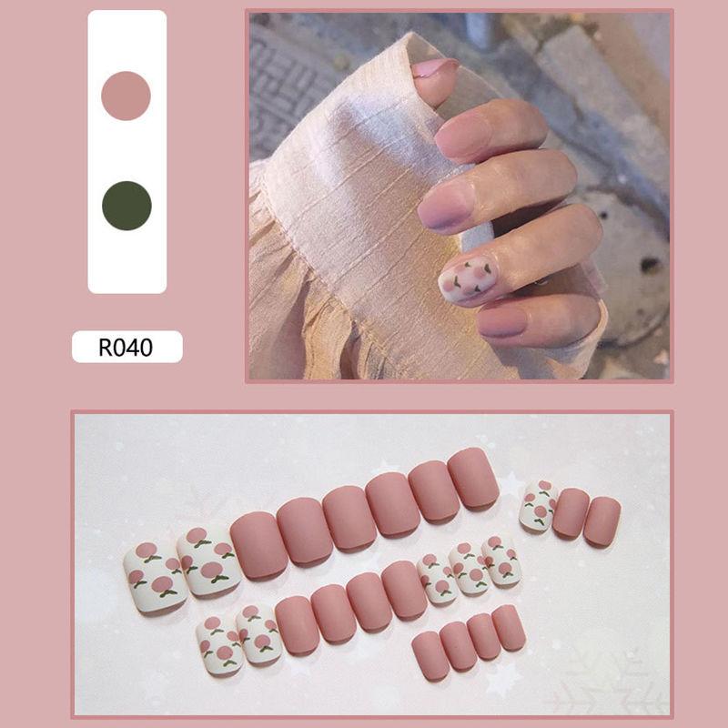 网红抖音成品美甲贴片穿戴式甲片假指甲长短款可拆卸新娘学生孕妇