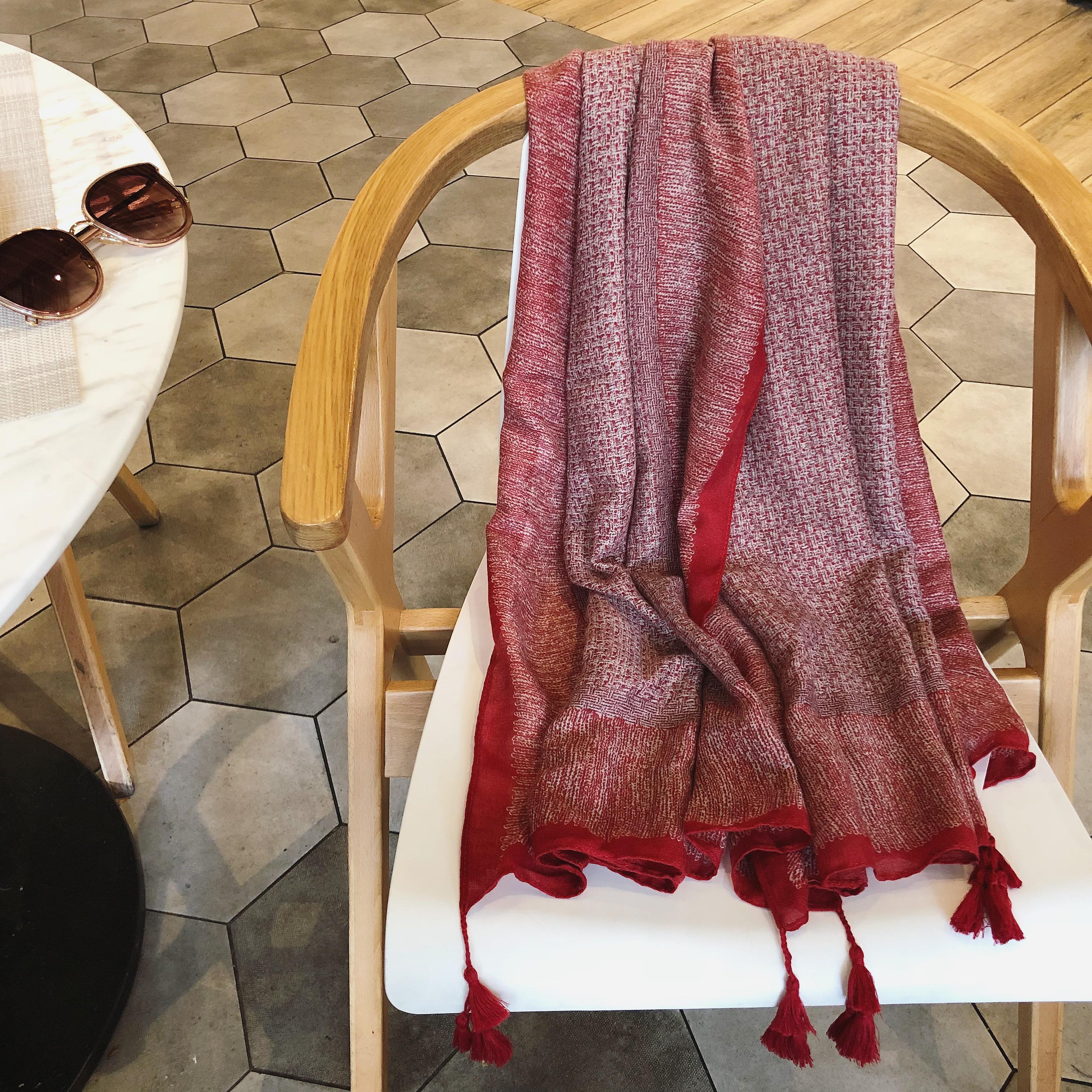 红色民族风春夏季长款棉麻围巾海边度假防晒披肩沙滩巾丝巾纱巾女