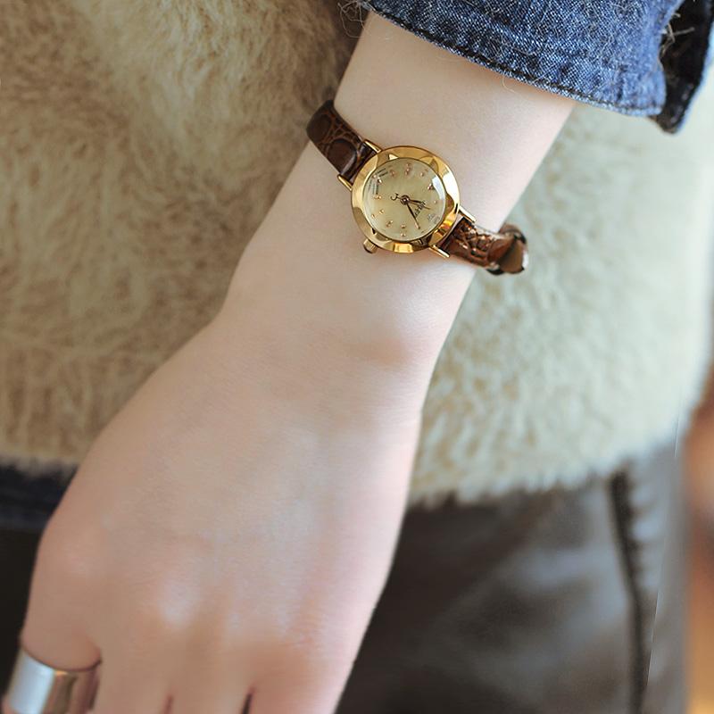 聚利时女表简约韩版小表盘防水女士手表女时尚大气皮带学生复古表