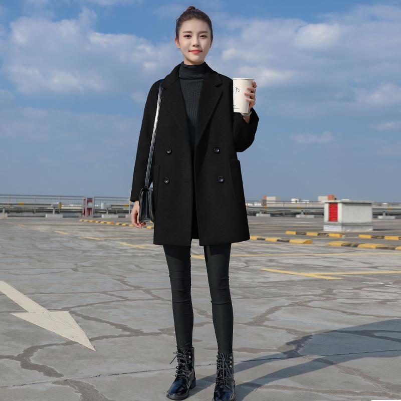 Áo khoác len nhỏ màu đen nữ trung thu 2019 mùa đông mới Áo khoác len mỏng và mỏng Hepburn được ưa chuộng - Accentuated eo áo