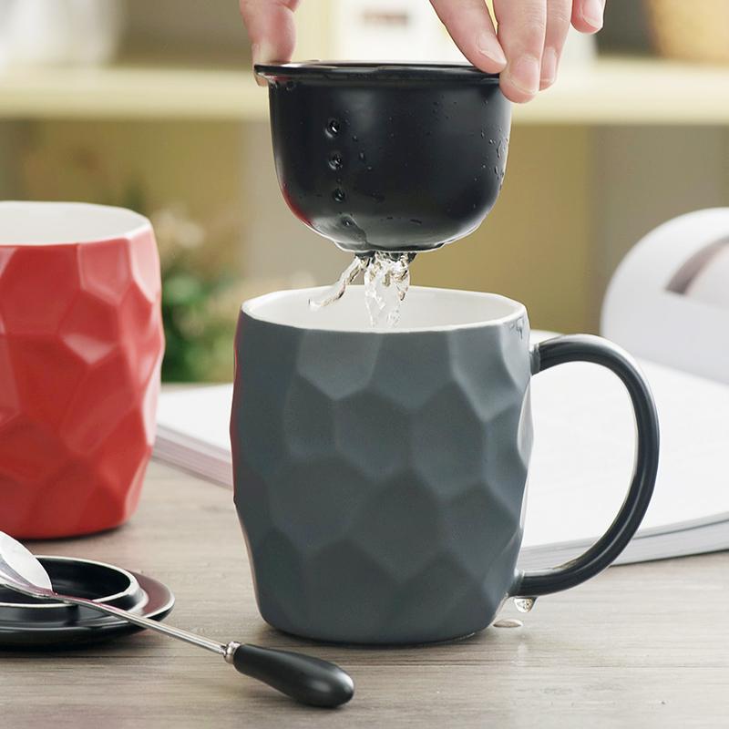 北欧简约办公室茶隔陶瓷马克杯ins咖啡杯带盖勺家用创意喝水杯子