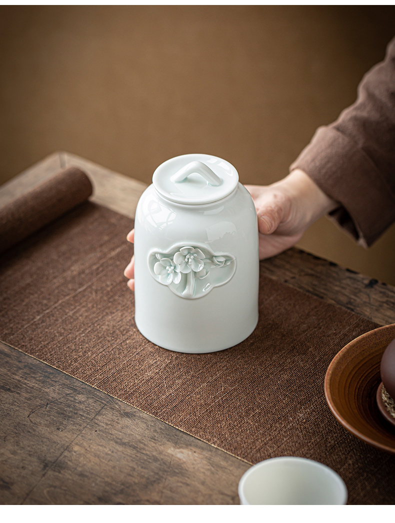 By hand to make the name plum flower tea pot home receive large ceramic seal storage tank with moistureproof tea tea set zero positions