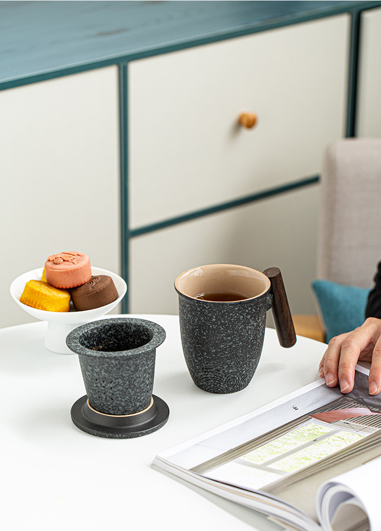 The mark cup tao machine wood Jane ins wind filter ceramic tea cups with cover large capacity separation of coarse pottery tea cup