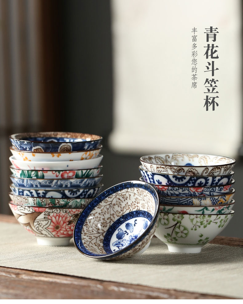 Color is blue and white porcelain hat to large kunfu tea cups more light ceramic traditional Japanese master cup cup restoring ancient ways