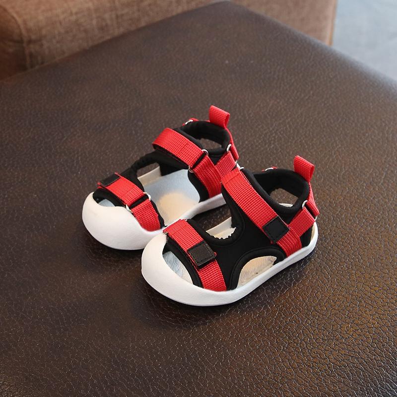 Ленточные сандалии красный