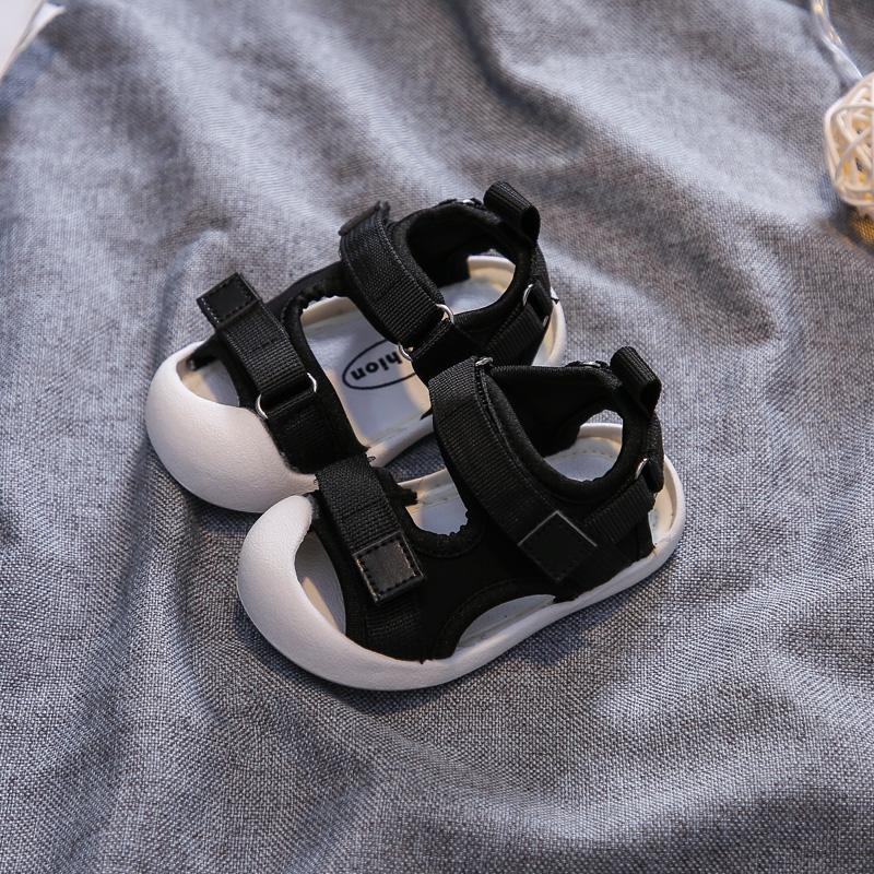 Ленточные сандалии черный