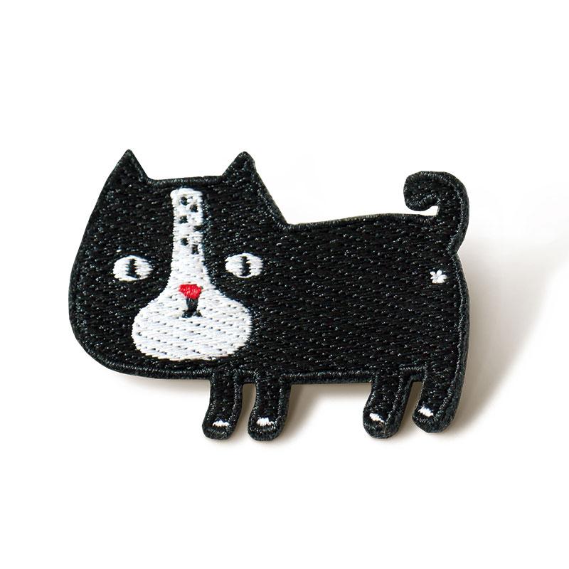 刺绣胸针-黑猫