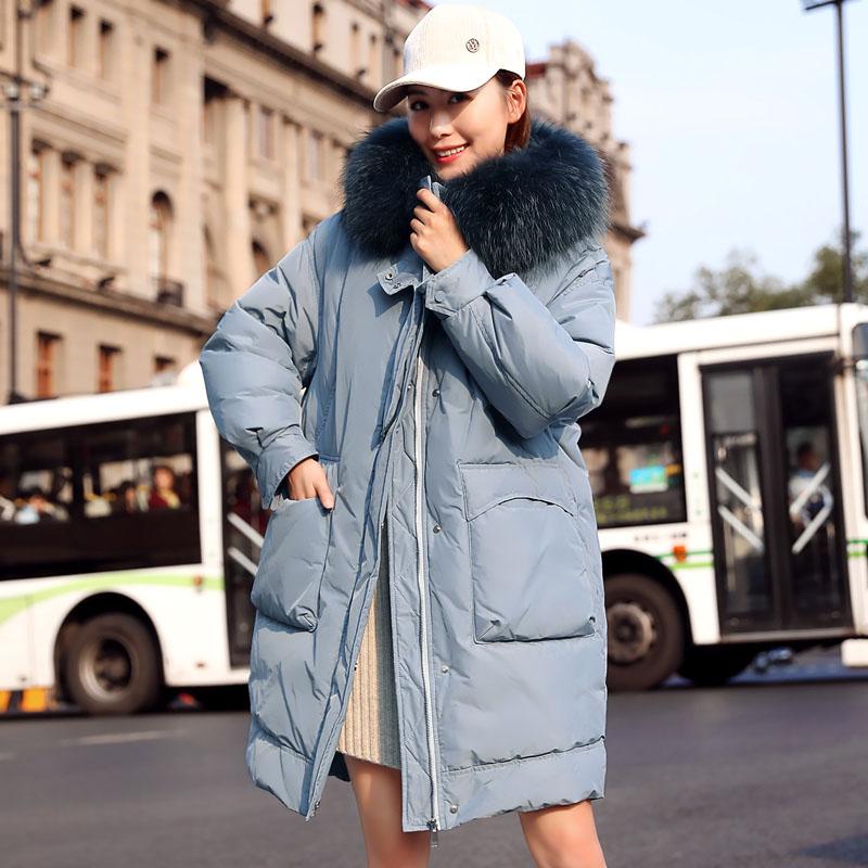 衣饰馨语冬装新款奢华貉子毛毛领连帽简约气质大口袋中长款羽绒服