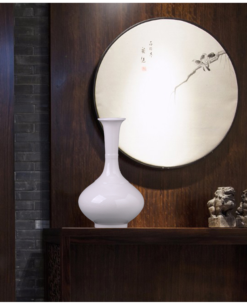 Jingdezhen ceramics furnishing articles sitting room of I and contracted white vase flower arrangement home wine rich ancient frame adornment