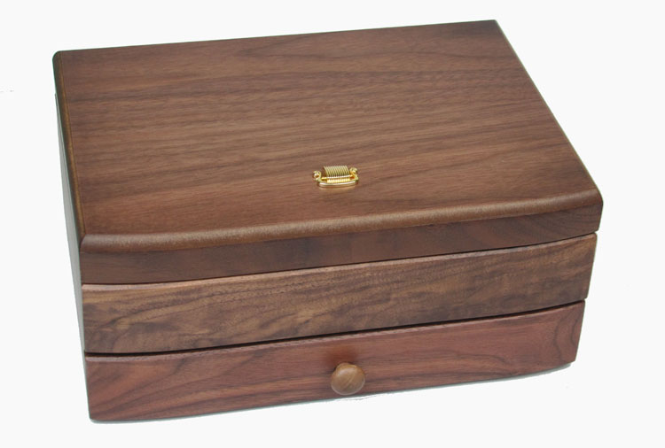 Japan Sankyo Wooden Music Box Music Box Send Boyfriend Creative