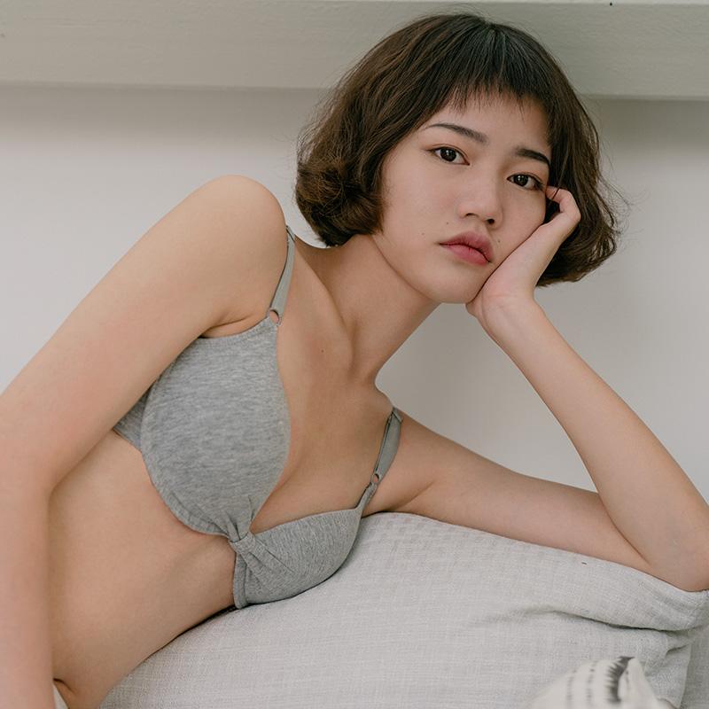 靴下物法式性感内衣女文胸夏季有钢圈上托聚拢无痕舒适小胸套装女